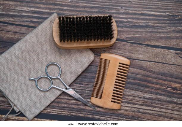 beard brush vs comb